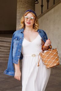 pleated skirt, Marylin Monroe, white dress, denim jacket, summer dress, white and cognac, fashion post, summer 2019
