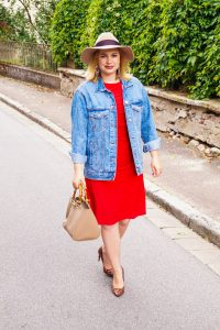 lrd, little red dress, fall style, fall fashion, fashionblogger, pre-fall, leopard print, denim jacket, fall dresses, Madame Schischi