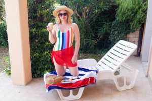 swimmsuit, monki, stripes, colorful swimmsuit, swimm suit coverup, poolside, vacation style, poolstyle, summer 19