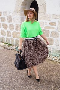 leopard print, neon colors, fashionblogger, neon green, midi skirt, fall fashion, fall, autumn, fall styles, Madame Schischi