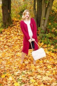 fall fashion, fashion blogger, Madame Schischi, fall, autumn style, burgundy, overknee boots, fashionista, fall leaves, fall styles