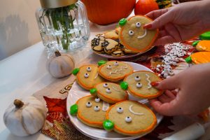 sugar cookies, halloween, recipe, baking, food friday, baking dishes, pumpkin cookies, fall baking, fall recipes