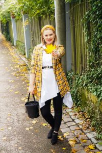 plaid, plaid blazer, fall trends. autumn styles, fashion blogger, Madame Schischi, fall favorites, fall fashion, fashion