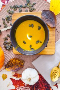 pumpkin soup, pumpkin season, fall season, fall recipes, easy recipes, spicy dishes,
