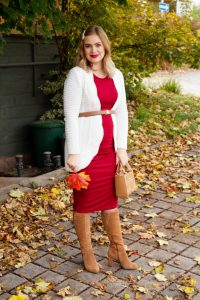 fall look, fall, autumn style, burgundy, bump style, maternity dress, 17 weeks, fashion blogger, Madame Schischi, styling a midi dress