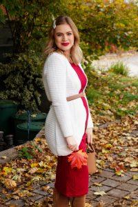 fall look, fall, autumn style, burgundy, bump style, maternity dress, 17 weeks, fashion blogger, Madame Schischi, styling a midi dress