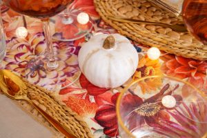 thanksgiving, table scape, fall table, thanksgiving table scape, fall flowers, festive, holiday decor, holidays, turkey day