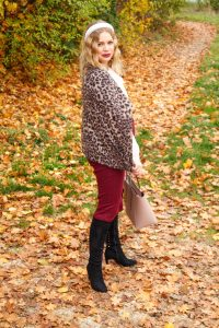 leopard print, pencil skirt, office look, thanksgiving look, bump style, dress the bump, pregnancy style, stretchy clothes