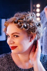 hairstyle, hair tutorial, New Years Eve, 2020, hair, beauty, Madame Schischi, hair care,