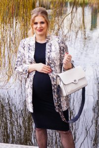 snake print blazer, NYE, New Years Eve style, style blogger, fashion blogger, fashion, Madame Schsichi, dress the bump, bump style, pregnant, maternity style