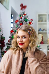 holiday hair styles, christmas, dressing up, hair trends, hair clips, hair styles, pearl headband, christmas hair clips
