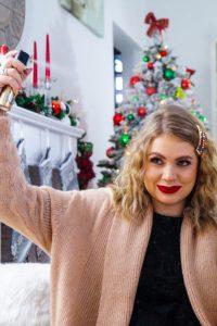 holiday hair styles, christmas, dressing up, hair trends, hair clips, hair styles, pearl headband, christmas hair clips