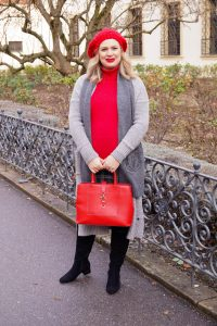 fashionblogger, fashion, Madame Schischi, casual style, red x plaid, casual christmas, holiday style, fashion inspo