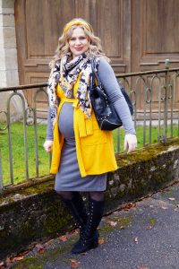 fashionblogger, fashion, styleblogger, Madame Schischi, dress the bump, amazon finds, pregnancy style, maternity style, snake print, style suggestions, how to style, yellow x gray