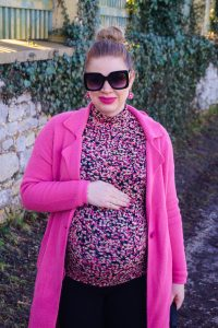 fashionblogger, fashion, styleblogger, pink, flower print, pink for spring, how to style, what to wear, spring fashion, spring, warmer weather wear