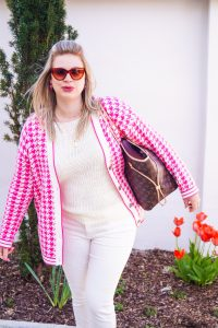 fashionblogger, fashion, spring, spring style, how to style, what to wear, pink, pink houndstooth, luis vuitton neverfull, casual style, street style