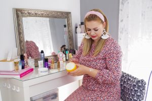 beauty, beauty review, new beauty products, beauty finds june, leopard print dress, pink dress