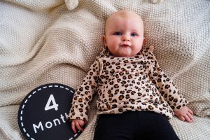 baby girl, baby fashion, leopard print, 4 month update