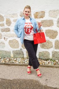 fall fashion inspo, what to wear, how to style, ootd, rolling stones band tee, pre-fall style, transitioning into fall, autumn