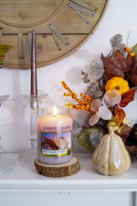 home decor, fall decor, fall, autumn, autumn decoration, leopard print, pumpkins, cozy home, candles trimming, yankee candle