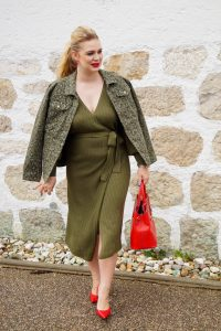 fashionblogger, fashion, fall fashion, autumn style, casual style, mom style, ootd, what I wear, how to style, office style, date night look, olive green, leopard print