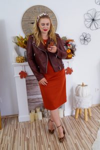 fashionblogger, fashion, fall fashion, autumn style, casual style, mom style, ootd, what I wear, how to style, business style, 1 dress 4 ways, amazon find