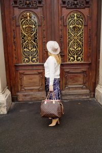 fashionblogger, fashion, fall fashion, autumn style, casual style, mom style, ootd, what I wear, how to style, slip skirt