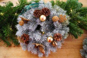 DIY, Christmas, diy wreath, christmas decor, ugly sweater, christmas tree, decorated house, festive