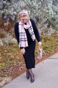 fashionblogger, fashion, winter fashion, winter style, casual style, mom style, ootd, what I wear, how to style, mad for plaid, furla, cashmink, pearl headband, all black style