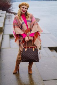 fashionblogger, fashion, winter fashion, winter style, casual style, mom style, ootd, what I wear, how to style, plaid cape, LV Neverfull, pink x beige, cozy in knits