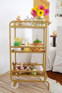 Easter, easter holiday, easter bar cart, candy bar cart, seasonal decor, seasonal bar car, home decor, house, bloggers home