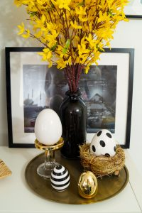 holiday, easter holiday, easter decor. home decor, decoration, easter bunnies, house decor, house. celebrating, hosting