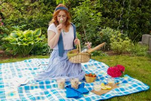 summer picnic, summer time, summer activities, summer, cheese board, charcuterie, snacks, bubbly, mommy and daughter picnic
